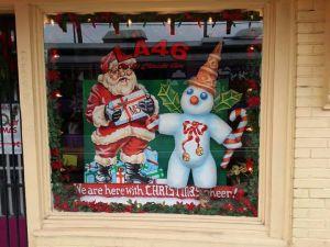 LA46 Holiday Window
